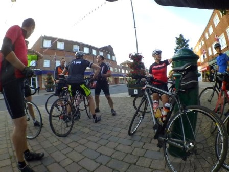 Meeting up with the Mangless Cycling Group in New Milton before heading out on a late summer night ride around the New Forest